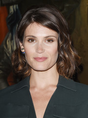 Gemma Arterton looked simply lovely with her curled-out bob at the Christian Dior Cruise show.