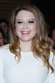 Natasha Lyonne sported lovely spiral waves during the Christian Siriano fashion show.