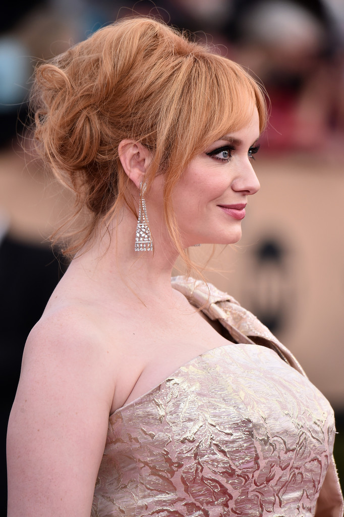 Christina Hendricks Messy Updo Christina Hendricks Looks