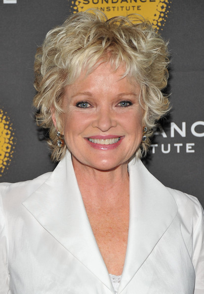 Christine Ebersole Layered Razor Cut [hair,blond,hairstyle,chin,beauty,smile,ringlet,long hair,feathered hair,lace wig,christine ebersole,new york,the bowery hotel,sundance institute theatre program,benefit reception,sundance institute theatre program new york benefit reception]