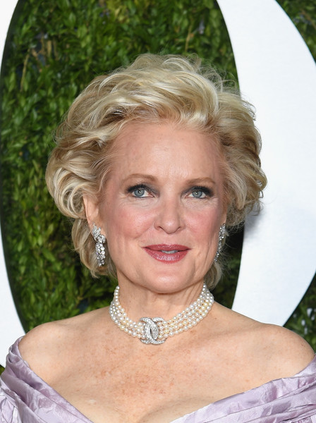 Christine Ebersole Messy Cut [hair,face,hairstyle,blond,eyebrow,chin,lady,smile,long hair,feathered hair,arrivals,christine ebersole,tony awards,radio city music hall,new york city]