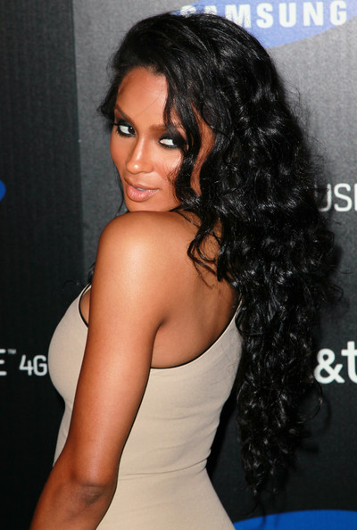 Ciara Long Curls