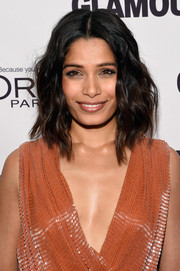 Freida Pinto looked lovely with her shoulder-length waves at the Glamour Women of the Year Awards.