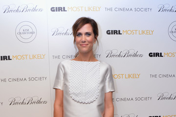 Kristen Wiig Keeps it Classy with White