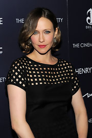 Vera Farmiga looked as elegant as always at the screening of 'Henry's Crime.' Her soft curls were parted down the center which perfectly framed her face.