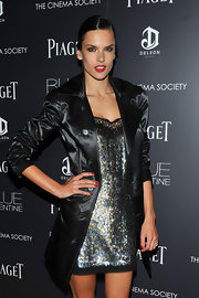 Red nails and lips were perfect for this dark look of Alessandra's at the 'Blue Valentine' premiere.