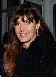 Carol Alt looked sleek and sophisticated with a smooth and straight 'do.