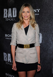 Cameron belted her blazer with a large black patent belt with a gold buckle at the 'Bad Teacher' premiere.