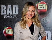 Cameron Diaz styled her blond locks in soft curls for the premiere of 'Bad Teacher.'