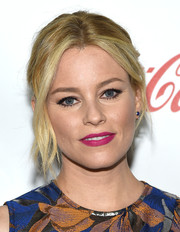 Elizabeth Banks rocked a hot-pink lip at the CinemaCon Big Screen Achievement Awards.