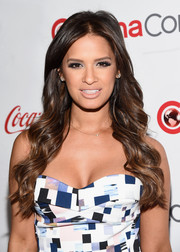 Rocsi Diaz wore her hair loose with billowy waves during the CinemaCon Big Screen Achievement Awards.
