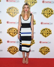 Ana de Armas was easy-breezy in a color-block tank dress by Proenza Schouler at the CinemaCon 2017 Warner Bros. Pictures presentation.