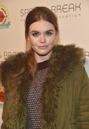 Holland Roden sported a '60s-chic ponytail at the City Year Los Angeles Spring Break.