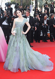 Chinese actress Fan Bingbing showed off a darling one-shoulder dress from the Spring 2010 collection.