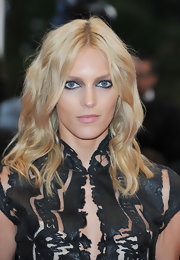 Anja Rubik styled her hair in boho waves for the Cannes Film Festival closing ceremony.