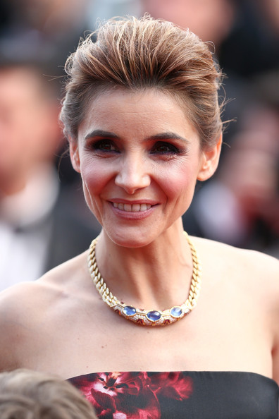 Clotilde Courau Gemstone Collar Necklace [how to train your dragon 2,hair,hairstyle,face,facial expression,eyebrow,skin,beauty,blond,chin,lip,clotilde courau,cannes,france,premiere,cannes film festival]