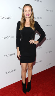 Catt Sadler kept it simple all the way down to her black ankle boots.