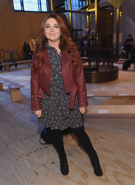 More Pics of Maisie Williams Fur Coat (3 of 8) - Maisie Williams Lookbook - StyleBistro [clothing,tights,fashion model,fashion,outerwear,brown,snapshot,footwear,leg,coat,coach,maisie williams,front row,new york city,nyse,new york fashion week,fashion show]