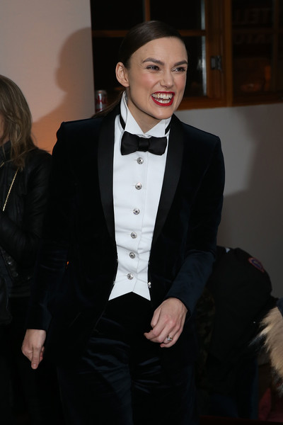 Keira Knightley went menswear-chic in a black bowtie and tux by Chanel at the 'Colette' cast party.