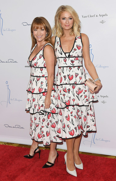 Paris Hilton and Jane Seymour in Oscar de la Renta
