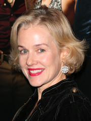 Penelope Ann Miller kept it ladylike with this bob at the LA screening of 'American Hustle.'