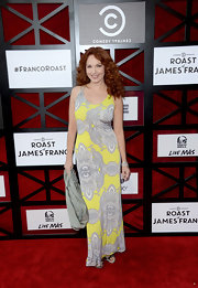 Amy Yasbeck's light yellow and gray maxi was a good summery look on the red carpet.