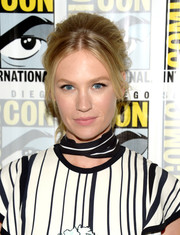 January Jones attended Comic-Con International 2016 sporting a '60s-inspired ponytail.
