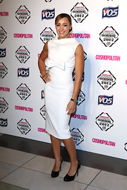 Jessica was both charming and sexy in this white bowed sheath dress at the Cosmo Ultimate Woman of the Year Awards.