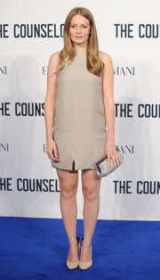 Cara Theobold was all about simplicity at the screening of 'The Counselor' in this gray mini dress.