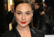 Gal Gadot chose a bold, vibrant shade of red for her lips when she attended the UK premiere of 'Criminal.'