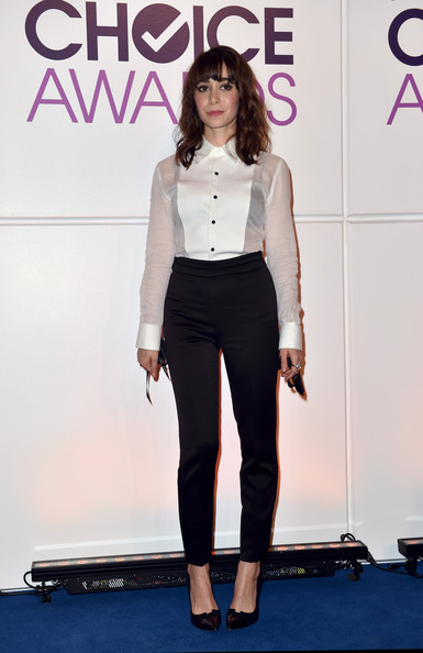 Cristin Milioti Tuxedo Top [fashion model,beauty,fashion,flooring,shoulder,fashion show,leg,formal wear,girl,carpet,cristin milioti,peoples choice awards,beverly hills,california,the paley center for media,press conference,peoples choice awards 2015 nominations press conference]