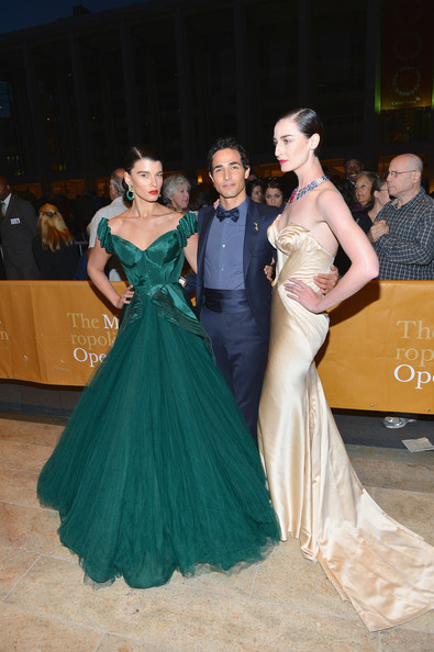 Crystal Renn Off-the-Shoulder Dress [lelisir damore,gown,dress,green,shoulder,clothing,fashion,formal wear,lady,haute couture,beauty,crystal renn,erin o?connor,zac posen,l-r,metropolitan opera house,new york city,metropolitan opera season,performance,metropolitan opera season opening night]