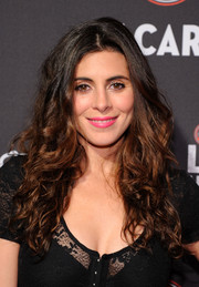 Jamie-Lynn Sigler finished off her look in sweet style with a pretty pink lip color.