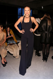 Malin Akerman was a '70s babe in a black bell-bottom jumpsuit at the Cushnie et Ochs fashion show.