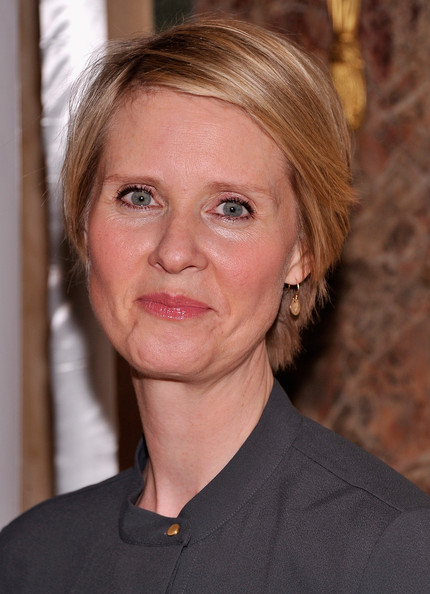 Cynthia Nixon Side Parted Straight Cut