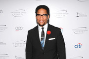 D.L. Hughley Men's Suit