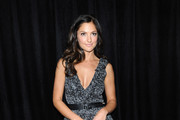 Actress Minka Kelly arrives at the DIC/InStyle's 9th Annual Awards Season Diamond Fashion Show Preview at the Beverly Hills Hotel on January 14, 2010 in Beverly Hills, California.