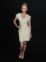 Amber Heard looked sensational in classic nude patent Miss Dior peep-toes.
