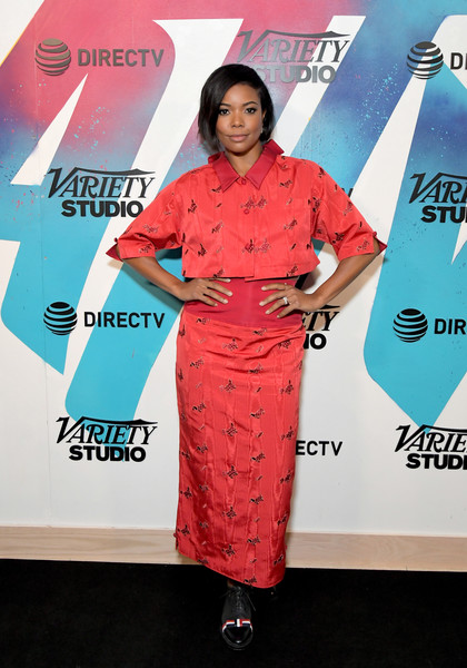 For her footwear, Gabrielle Union went menswear-chic with a pair of black leather lace-ups.