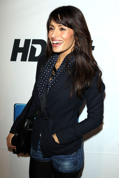More Pics of Sarah Shahi Long Straight Cut (1 of 6) - Sarah Shahi Lookbook - StyleBistro