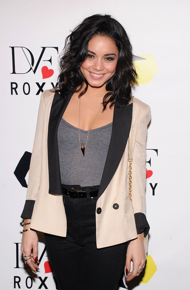 More Pics of Vanessa Hudgens Lipgloss (4 of 14) - Lipgloss Lookbook - StyleBistro