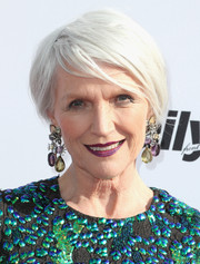 Maye Musk wore her hair in a short side-parted style at the 2017 Fashion Los Angeles Awards.