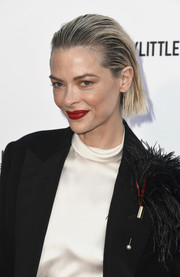 Jaime King looked punky with her slicked-back 'do at the 2019 Fashion Los Angeles Awards.