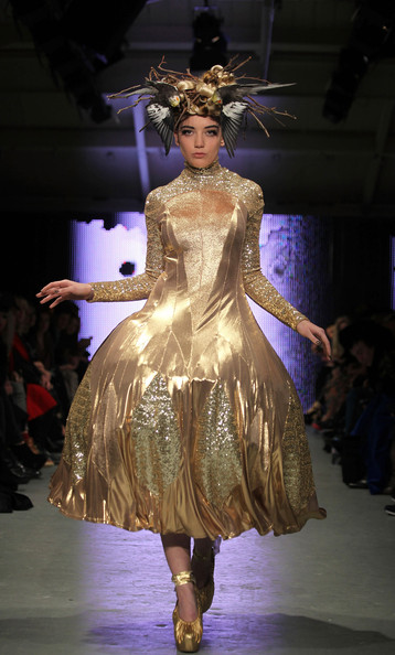 Daisy Lowe Sequin Dress [fashion,fashion model,fashion show,runway,fashion design,haute couture,dress,event,public event,model,daisy lowe,pam hogg runway,runway,london,england,lfw,london fashion week autumn,mercer studios,pam hogg show]