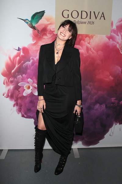 Daisy Lowe Cropped Jacket [pink,fashion,formal wear,fashion design,event,magenta,suit,haute couture,outerwear,dress,london,england,godiva masterpiece banquet,gingerline,daisy lowe]