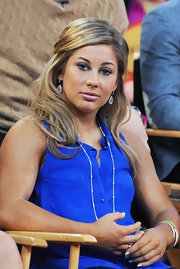 Shawn Johnson's half-up half-down 'do on was pretty enough for the red carpet.