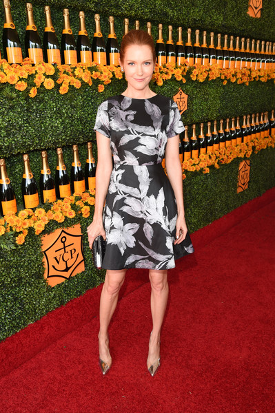 Darby Stanchfield Pumps [flooring,carpet,fashion model,red carpet,dress,fashion,catwalk,little black dress,fashion design,darby stanchfield,los angeles,pacific palisades,california,will rogers state historic park,red carpet,veuve clicquot polo classic]