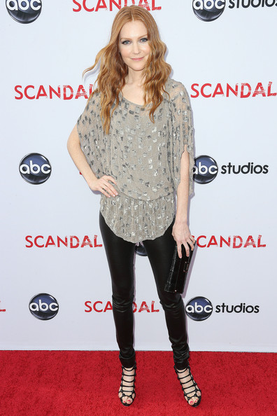 Darby Stanchfield Clothes