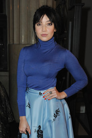 Daisy Lowe accessorized with an eye-catching cocktail ring at the Emilia Wickstead Fall 2015 show.