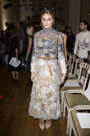 Olivia Palermo looked very high-fashion in an ombre distressed-lace dress during London Fashion Week.